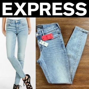 NEW EXPRESS MID RISE LIGHT WASH STRETCH PERFORMANC